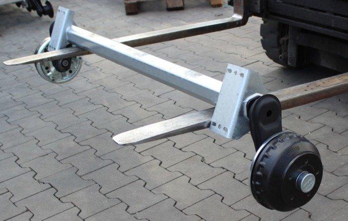 Osie cu frână pentru remorci transport ambarcațiuni AL-KO 1500 mm 1000 kg 5x112 W-PROOF (cu rulmenți rezistenți la apă)