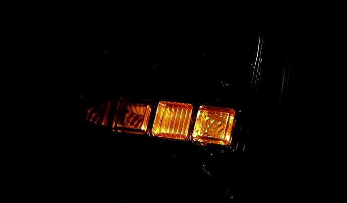 Lampă spate pătrată cu LED 12-24V cu semnalizare dinamică